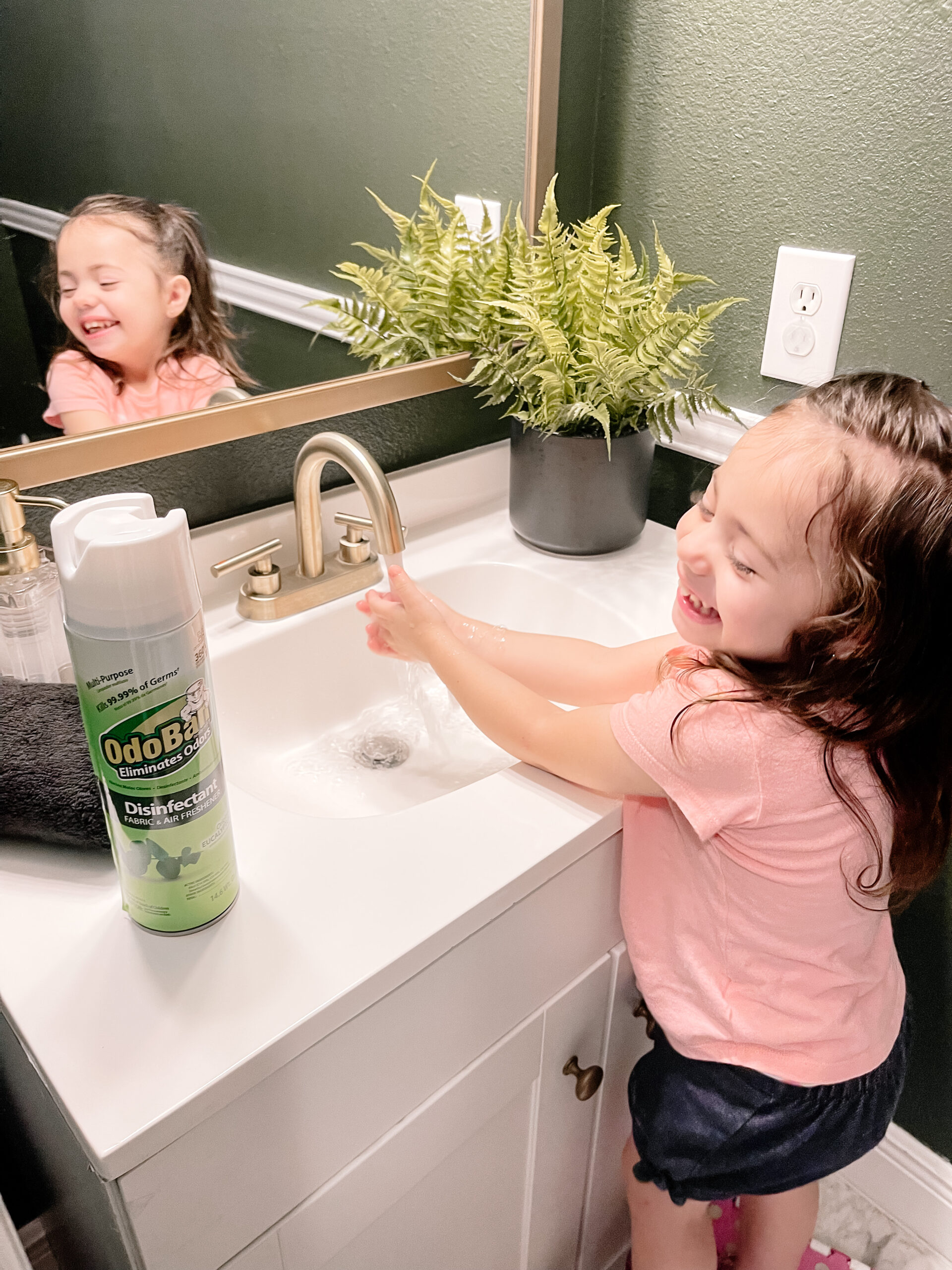 girl washing hands, odoban products